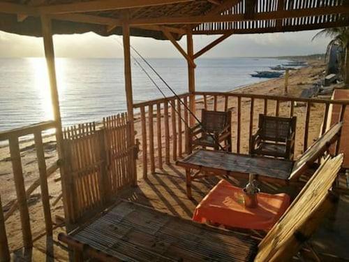 Villa Carillo Beach Resort, Placer