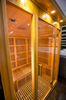 LUKS LOFTS HOTEL & RESIDENCES Sauna