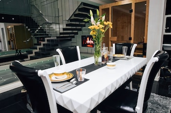 LUKS LOFTS HOTEL & RESIDENCES In-Room Dining