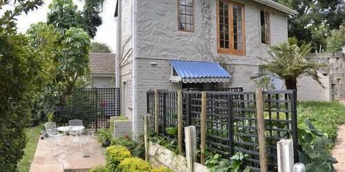 A Garden Suite, Umgungundlovu