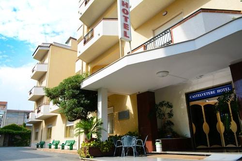 . Castelvetere Hotel