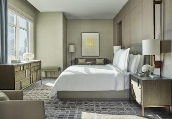 Suite, 1 King Bed, Terrace (Gotham)