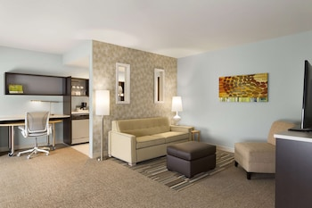 Suite, 1 King Bed, Accessible, Non Smoking (hearing acc)
