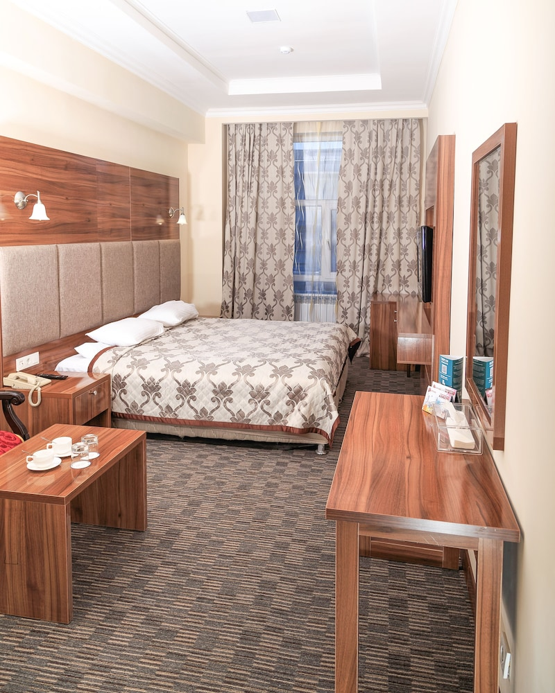 Grand Hotel Eurasia, Almaty (Alma-Ata)