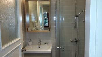 Citrus Garden Hotel - Bathroom  - #0