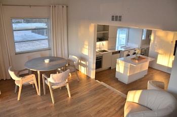 Junior Room, 2 Bedrooms, Bay View
