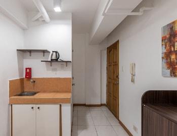 ZEN ROOMS BASIC PASONG TAMO Room