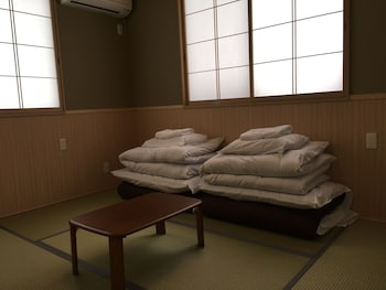 Japanese Style Room - 203 (For 3 People)