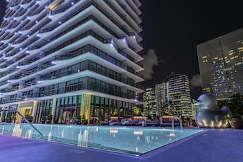 SLS Brickell photo