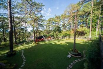 SIERRA PINES BAGUIO Garden