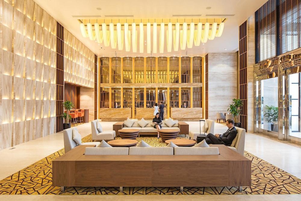 Wyndham Legend Halong Hotel