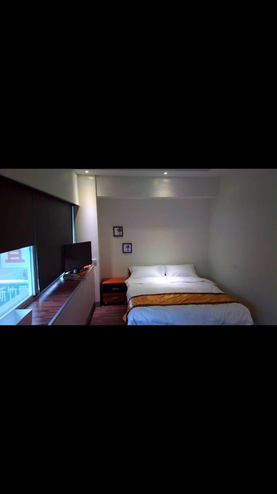 237 ホテル