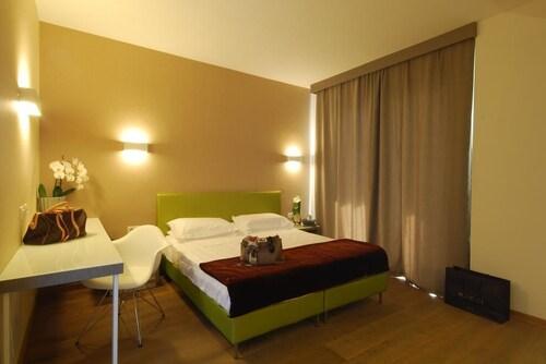 Hotel Bracciotti, Lucca