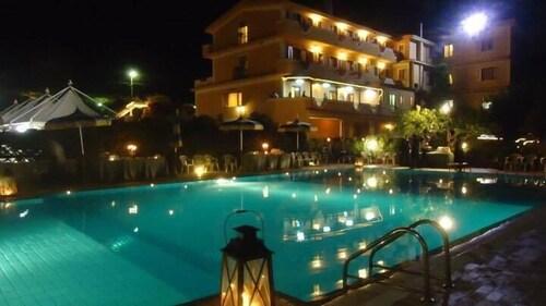 . Hotel Il Corsaro