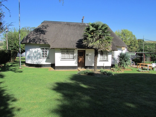 . Absolute Leisure Cottages