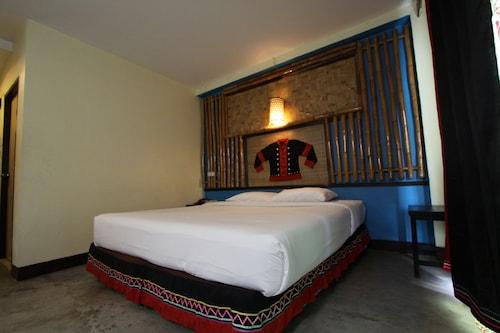 . Phumanee Lahu Home Hotel