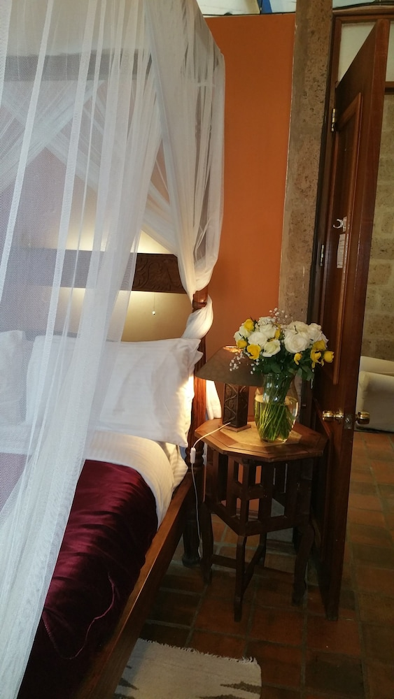 Woodmere Serviced Apartments