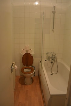 Stay In Vauxhall Guesthouse - Bathroom  - #0