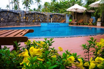 Coral Sea Resort - Outdoor Pool  - #0