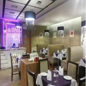 Hotel Inderlok - Restaurant  - #0