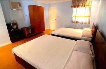 MALAPASCUA BEACH AND DIVE RESORT Room