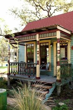 The Vicky House