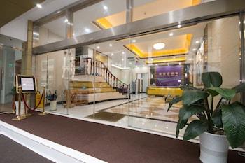 スカイ ホテル