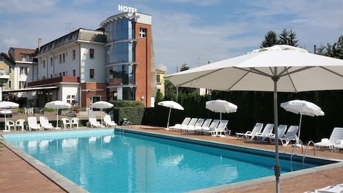 . Hotel Nuova Italia