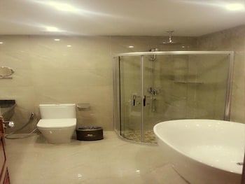 Star World Hotel - Bathroom  - #0