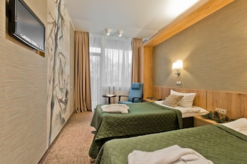 Standard Twin Room (with Spa Access)