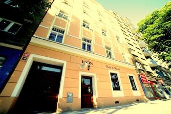 Hotel - Leon Hotel
