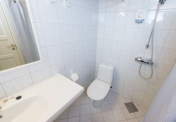 Hotel Svartisen - Bathroom  - #0