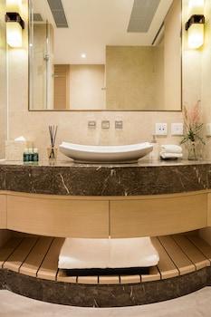Burlington Hotel - Bathroom  - #0