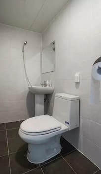 Welcome House - Bathroom  - #0