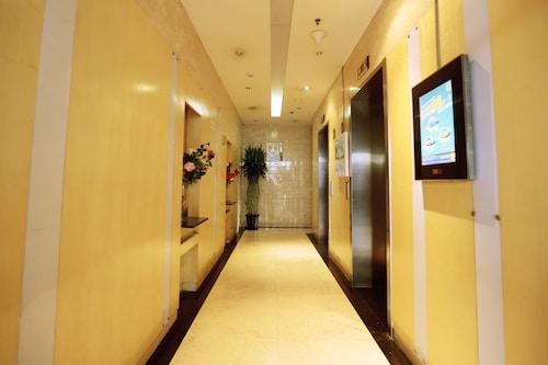 BeiJing YuanJia Apartment nearby Sanlitun, Beijing