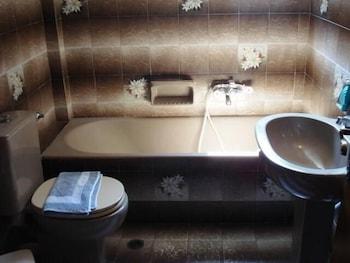 Pension Lagoudera - Bathroom  - #0