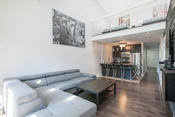 City Apartment, 1 Bedroom, Balcony, Mezzanine