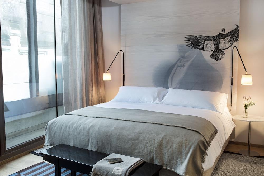 https://i.travelapi.com/hotels/16000000/15550000/15544900/15544814/c5a6ce0d_z.jpg