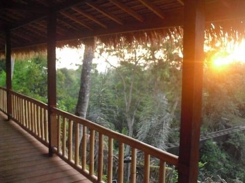 . Mr.DIN Rinjani Trails Hotel