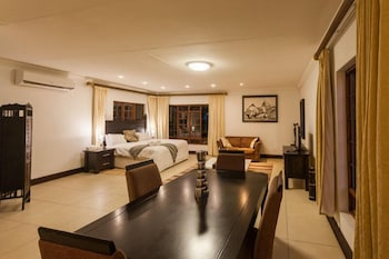 Mbombela Exclusive Guest House @ Daleen - In-Room Dining  - #0