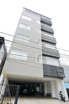 ZEN Rooms Near Bunderan HI - Hotel Front  - #0