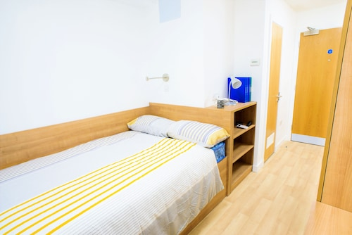 . Cityheart Fort William- Campus Accommodation