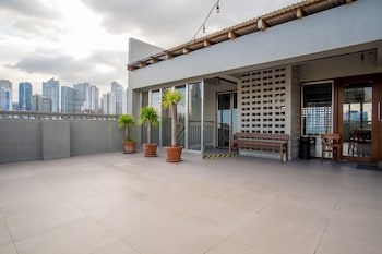 ZEN Rooms BRBlock Makati - Terrace/Patio  - #0