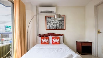 ZEN ROOMS BASIC DIAN ST. MAKATI Featured Image