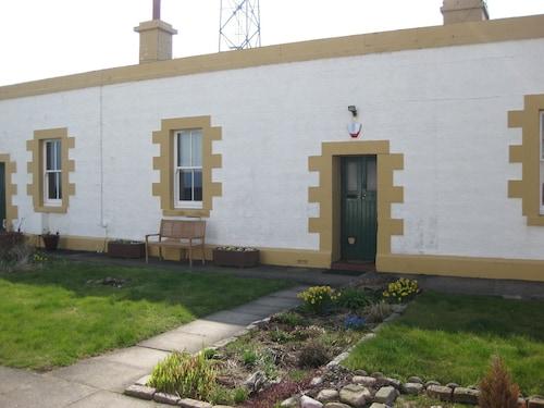 Aberdeen Lighthouse Cottages, Aberdeen
