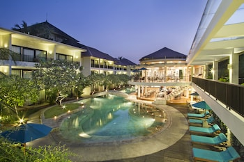 Hotel - Away Bali Legian Camakila Resort