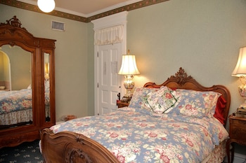 The Grand Anne Bed and Breakfast - Guestroom  - #0
