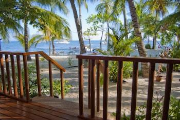 MALAPASCUA EXOTIC ISLAND DIVE AND BEACH RESORT Terrace/Patio