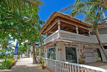 MALAPASCUA EXOTIC ISLAND DIVE AND BEACH RESORT Property Amenity