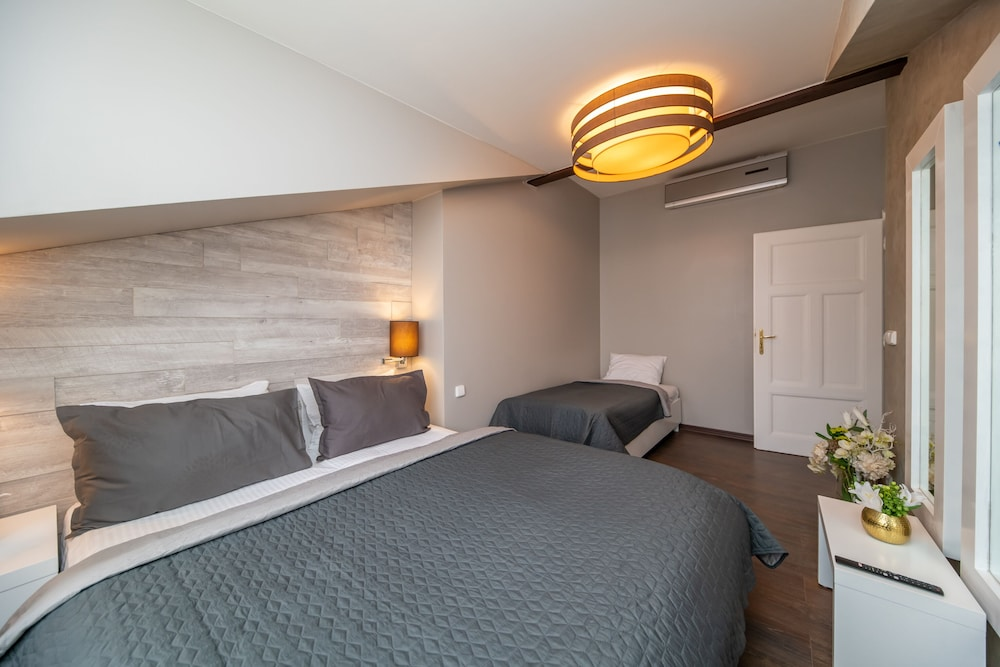 Standard Family Apartment - Connected Rooms